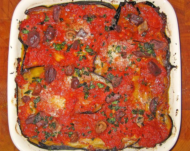 Kuchnia włoska i krajowe mięso sezonowane